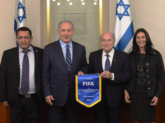 PM Netanyahu meets with FIFA President Blatter